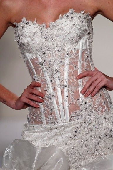 abito da sposa, stile bustier - dettaglio corpetto 3