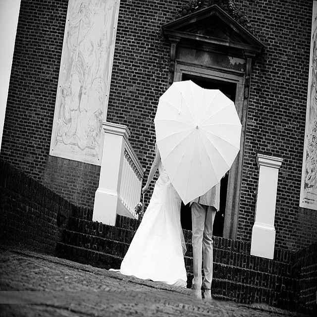 Guida agli accessori da sposa 9 - l'ombrello - a forma di cuore