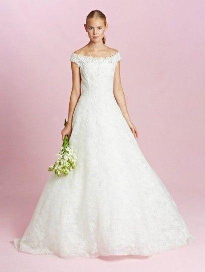 abito da sposa, stile scollo omerale 9