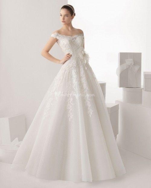 abito da sposa, stile scollo omerale 10
