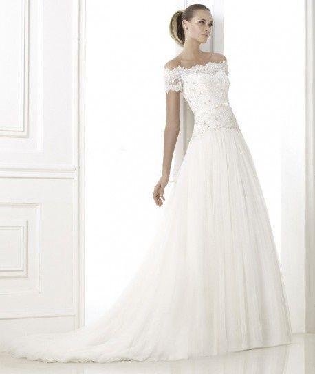 abito da sposa, stile scollo omerale 11
