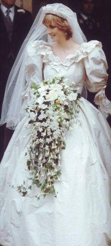 Bouquet Da Sposa A Cascata.Il Bouquet Della Sposa 12 A Cascata Pagina 3 Moda Nozze