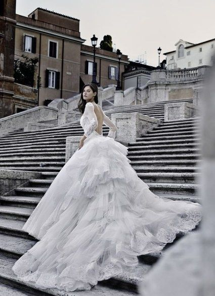453f332c5554 LA SCELTA DELL  ABITO DA SPOSA 3 - in base al colore - Moda nozze ...