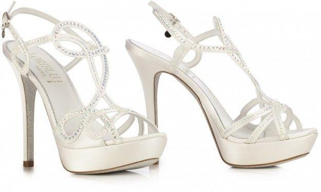 Scarpe Sposa Altissime.Guida Agli Accessori Da Sposa 3 Le Scarpe Moda Nozze Forum