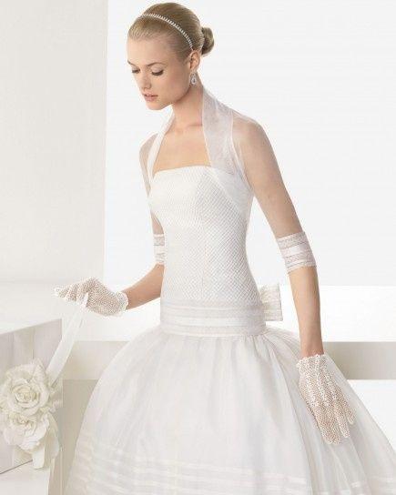 7946555c7fff Guida agli accessori da sposa 5 - il coprispalle - Moda nozze ...