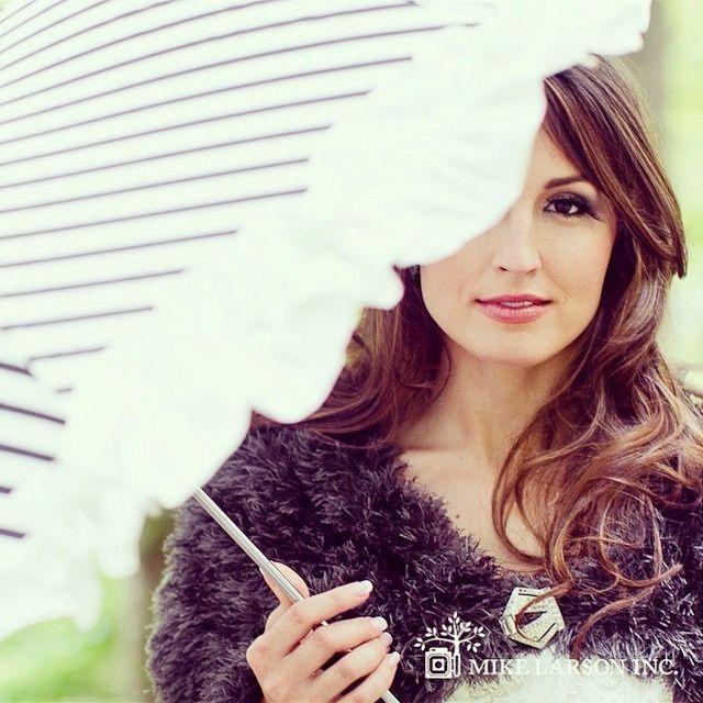Guida agli accessori da sposa 9 - l'ombrello - Volant