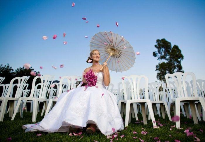 Guida agli accessori da sposa 9 - l'ombrello - orientale