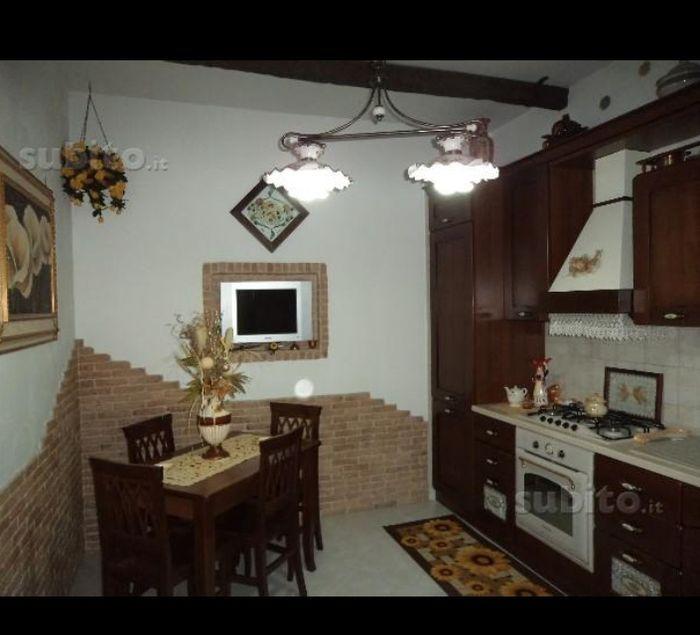 Consiglio cucina parete - Prima delle nozze - Forum Matrimonio.com
