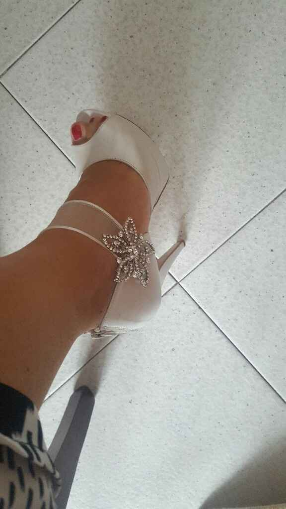 A -2 ecco le mie scarpe - 1