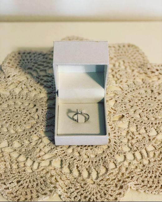 #LoveFriday - Mostrateci il vostro anello di fidanzamento 9