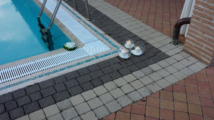 Dettaglio della piscina foto ricevimento di nozze for Piani di progettazione della piscina