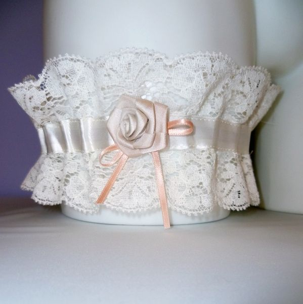 Famoso La giarrettiera della sposa? un accessorio indispensabile. - Moda  CU27