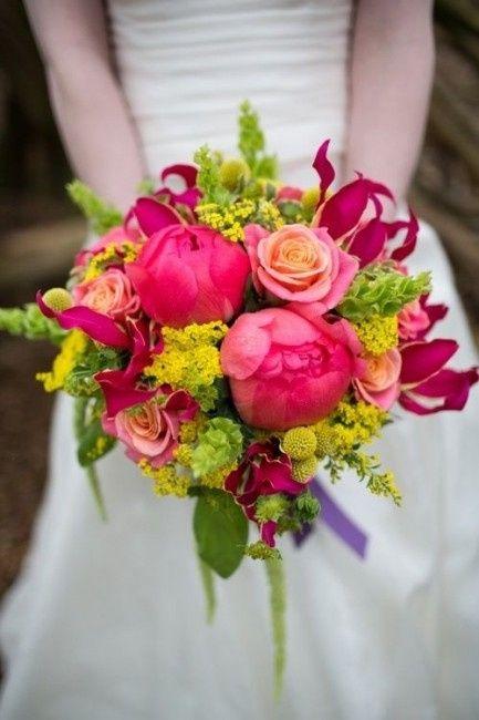 Bouquet Sposa Colorato.Club Della Sposa Con Il Bouquet Colorato Organizzazione