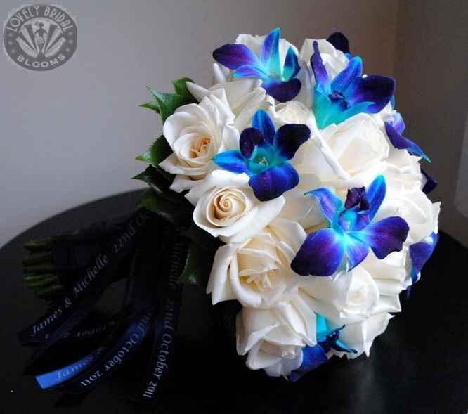 Bouquet sposa bianco-blu - 1