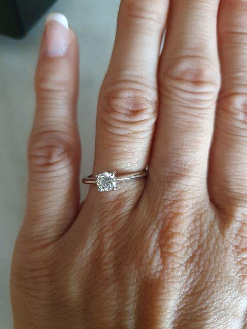 E ora mostraci una foto del tuo anello di fidanzamento! 11