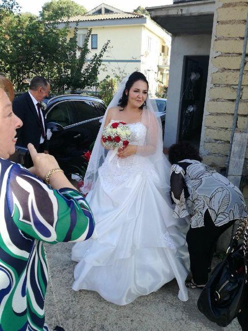 Differenza abito da sposa bianco e avorio 2