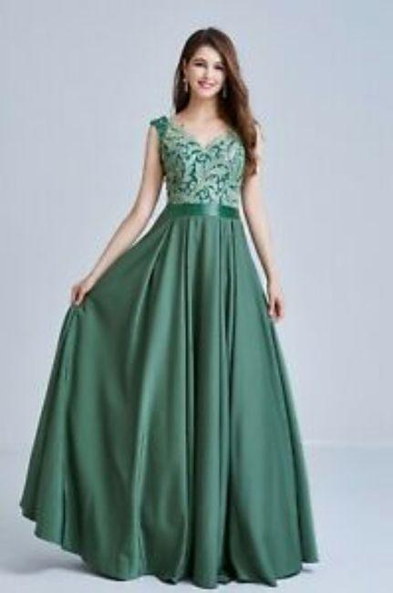 Di che colore sarà il vostro abito per la promessa di matrimonio? 1