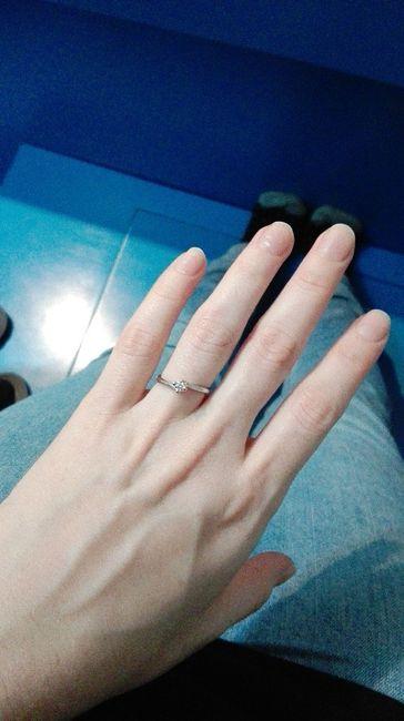 I vostri anelli di fidanzamento: vogliamo vederli! 17