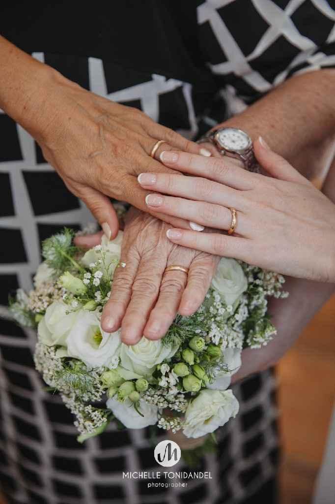 Io, mamma, nonna e le nostre fedi, spero in un matrimonio altrettanto lungo e felice come i vostri