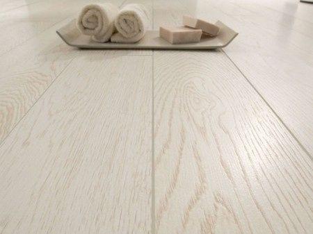 gres porcellanato effetto legno naturale