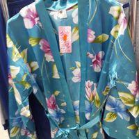 """Vestaglia/kimono per """"truccaggio""""."""