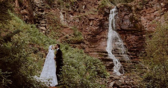 L'abito da sposa di Lily Collins: approvate?👗 1