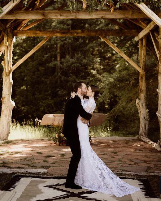 L'abito da sposa di Lily Collins: approvate?👗 3