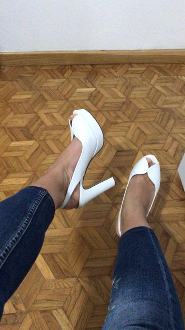 Che tipo di scarpe indosserete alle nozze? 2