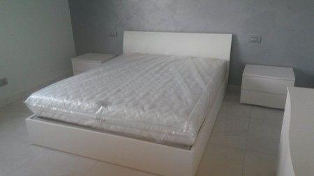 Camera da letto bianca:che colore scegliere x le pareti?? - Vivere ...