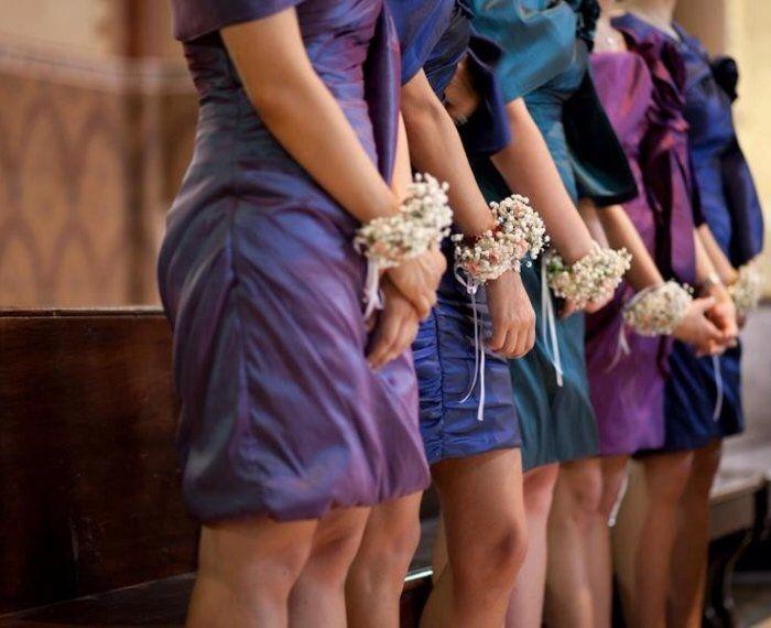 Bracciali di fiori per testimoni  cognate e suocere - 2