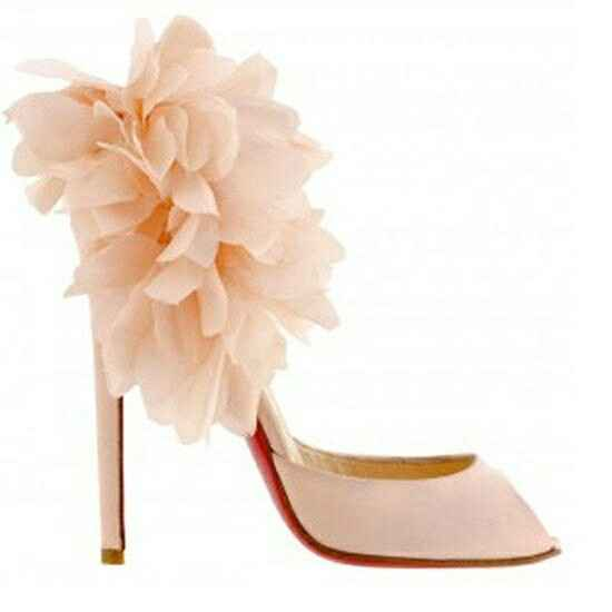 Tulle heels