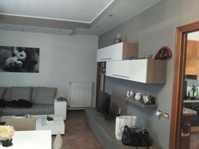 Gallery of idee pittura soggiorno moderno dipingere le for Pittura soggiorno moderno