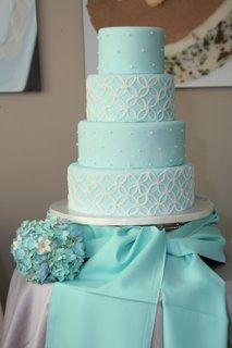 tiffany blue and gold wedding cake matrimonio color organizzazione matrimonio 20992