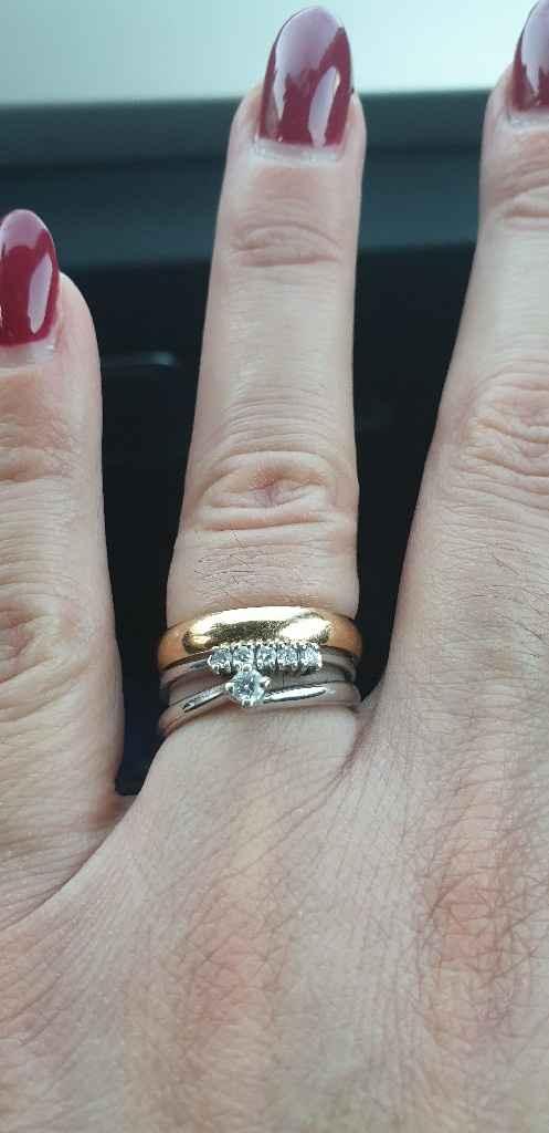 Fede e anello di fidanzamento - 2