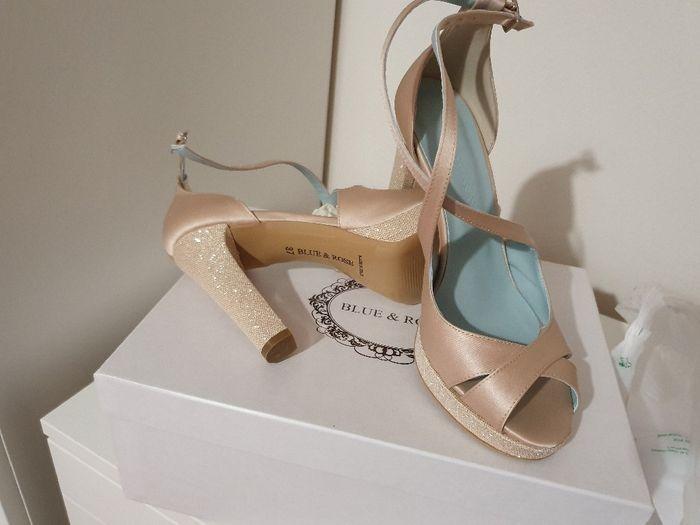 Come saranno le vostre scarpe da sposa? 12