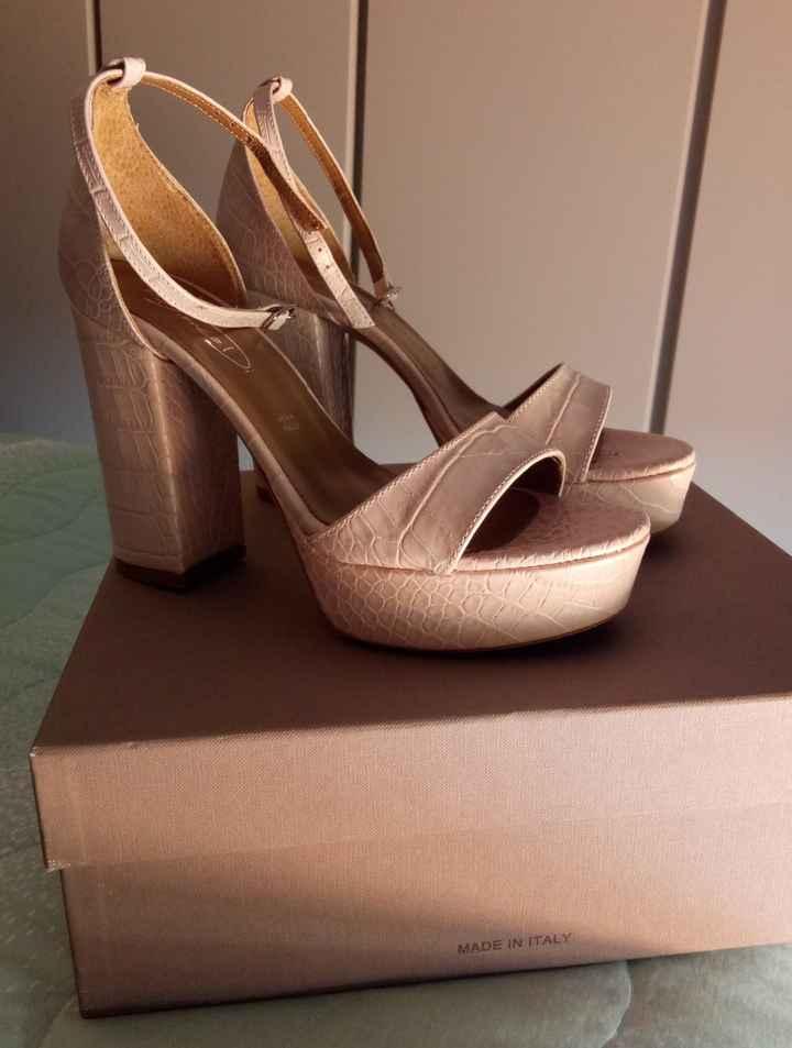 Che scarpe avete scelto per il vostro matrimonio? 1