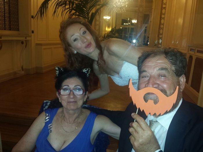 Un selfie con mamma e papà