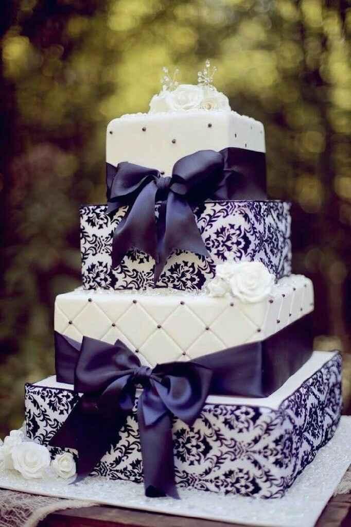 Nozze in viola! 💜 la torta nuziale 💜 - 2