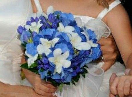 Club della sposa con il bouquet colorato: - 1