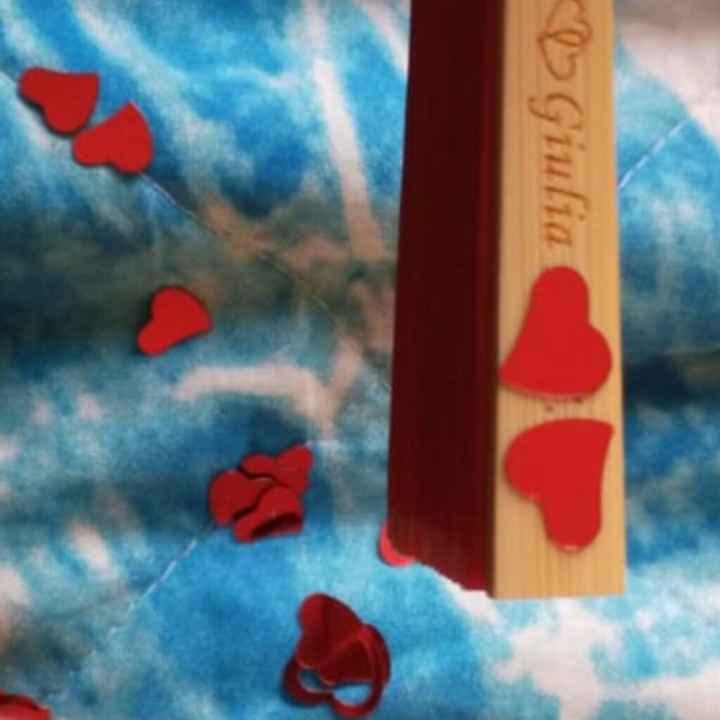 Modificare data matrimonio incisa nei ventagli di legno - 2