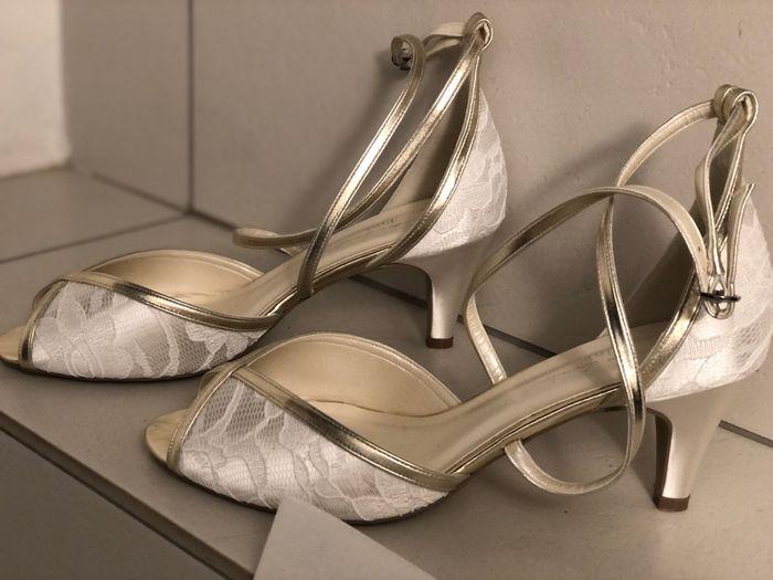 Le scarpe... che dilemma... 2