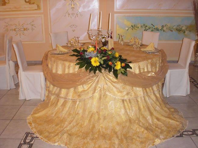 Tavolo Matrimonio Girasoli : Il tavolo degli sposi per ogni stile organizzazione
