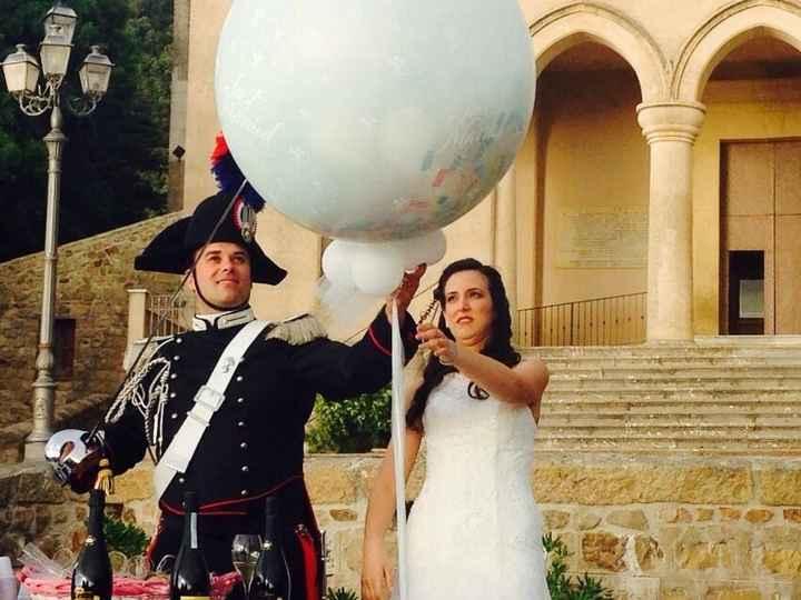 Lo scoppio della mongolfiera con i palloncini