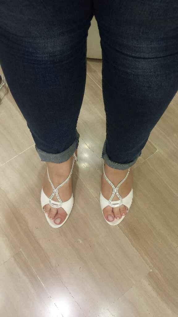 Indecisione scarpe - 1