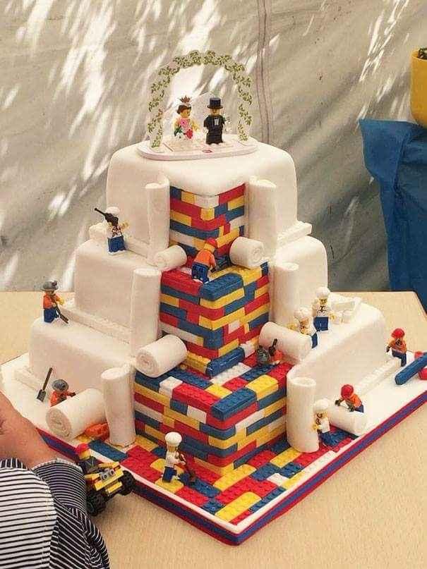 """L'angolo delle """"torte"""" particolari - 1"""