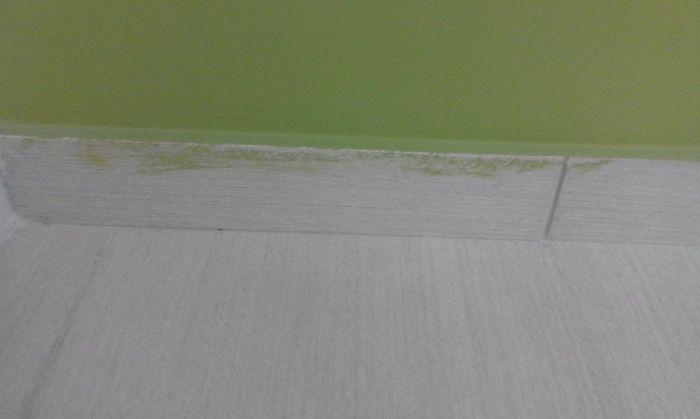 pittura battiscopa