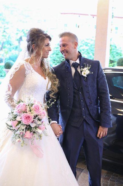 Emozioni a riguardare le foto del matrimonio... 1