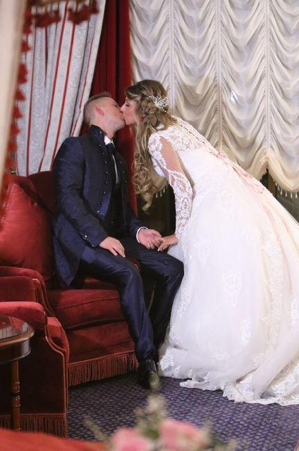 Emozioni a riguardare le foto del matrimonio... 2