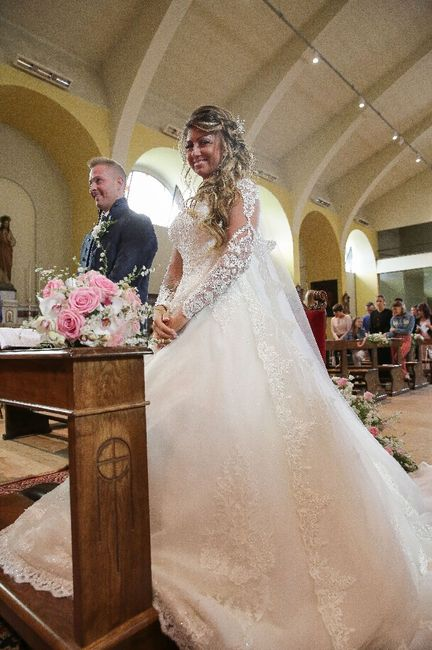 Emozioni a riguardare le foto del matrimonio... 4