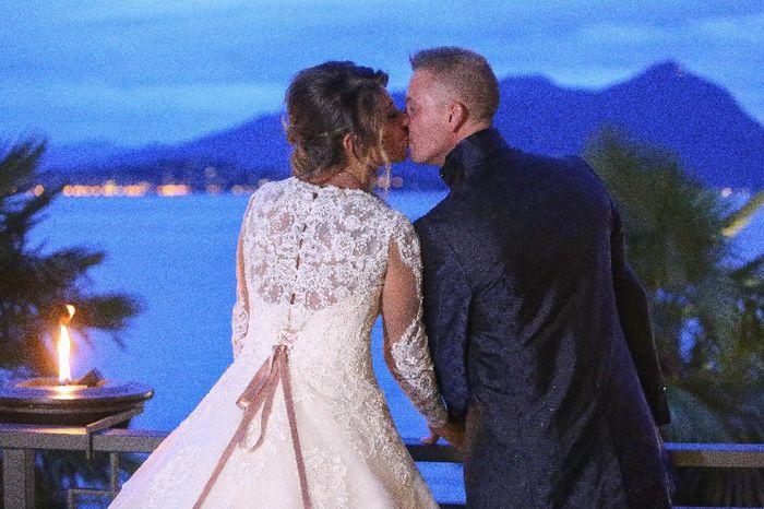 Emozioni a riguardare le foto del matrimonio... 8